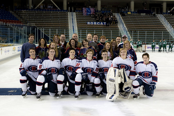 2017 Senior day pictures winter sports
