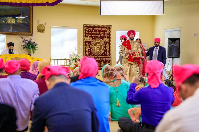 Neelam_and_Matt_Gurdwara_Wedding-1412.jpg