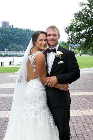 Carly + Nick - Bridal Portaits