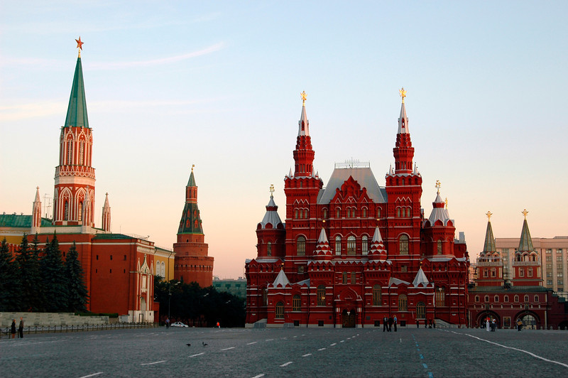 040819 0129 Moscow - Early Morning Red Square red brick building _H ~E ~L.jpg