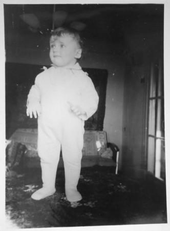 1970-03-31 (approximately), I am 1 year old