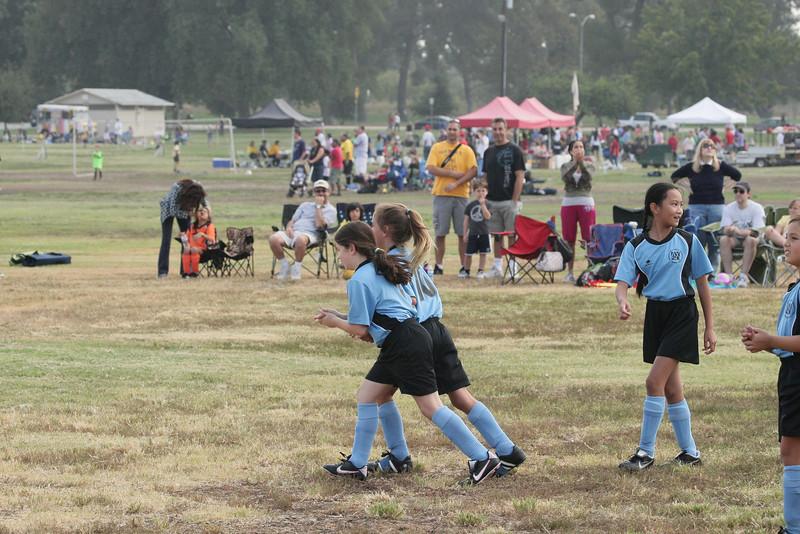Soccer2011-09-10 09-40-29.JPG