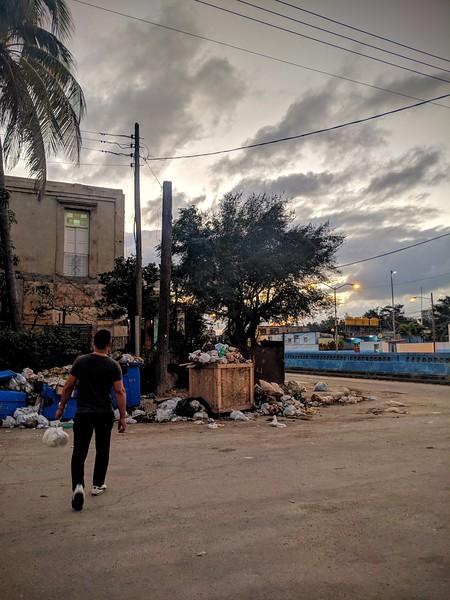Havana garbage.jpg