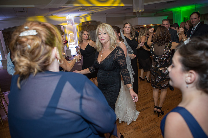 MRN_1252_Loriann_chris_new_York_wedding _photography_readytogo.nyc-.jpg.jpg