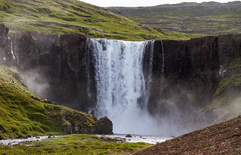 Iceland (20 of 32).jpg
