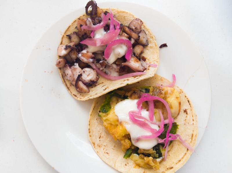 Cozumel el sazon octopus and chile relleno taco-2.jpg
