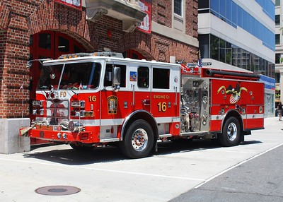 Franklin Square Engine 16