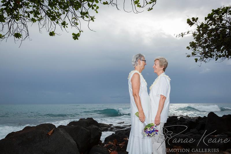 089__Hawaii_Destination_Wedding_Photographer_Ranae_Keane_www.EmotionGalleries.com__141018.jpg