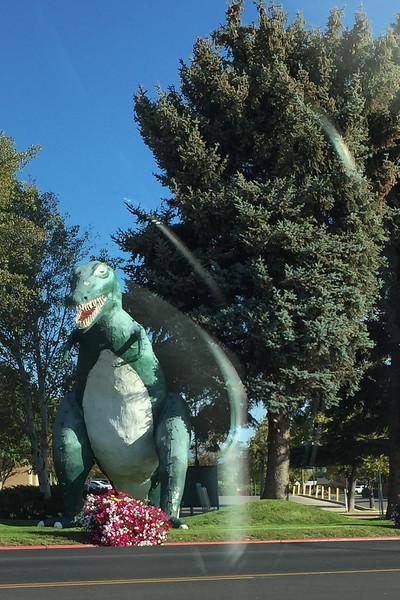 Dinosaur_2019_02.jpg