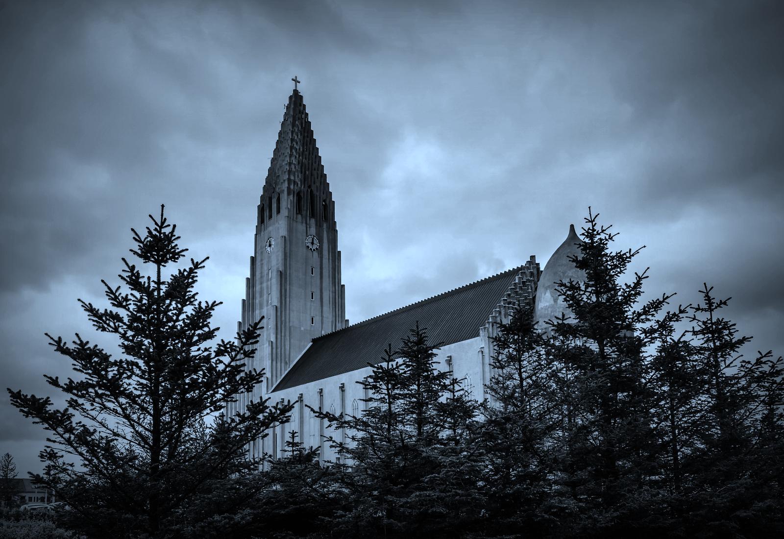 冰岛Hallgrimskirkja教堂,超奇特的建筑