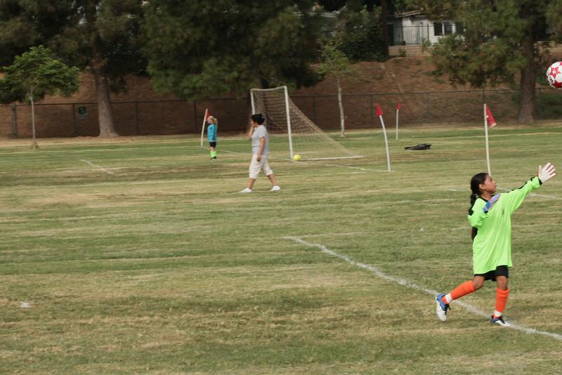 Soccer2011-09-10 10-07-57_2.JPG