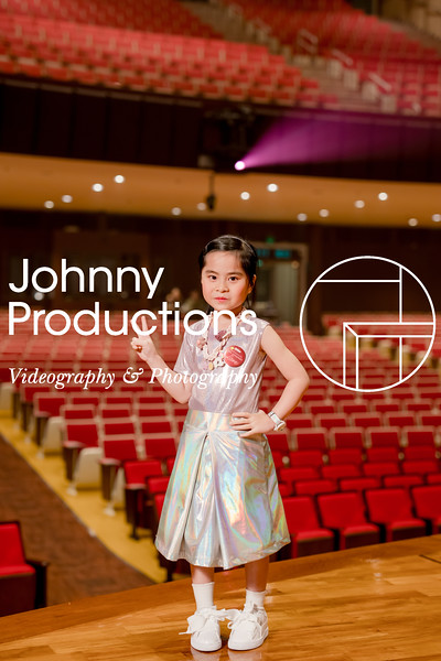 0054_day 1_orange & green shield portraits_red show 2019_johnnyproductions.jpg