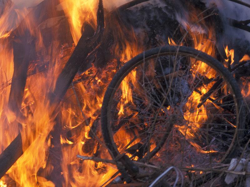 שריפת מזבלה.jpg