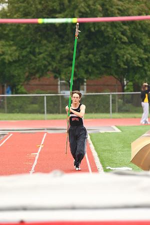 2009-05-06 Warrior-Elk Challenge Girls Pole Vault