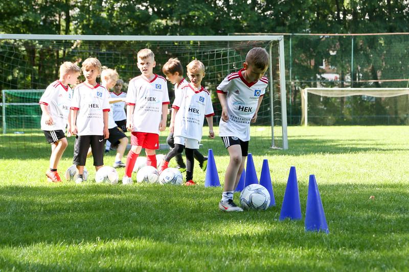 hsv_fussballschule-148_48047991268_o.jpg