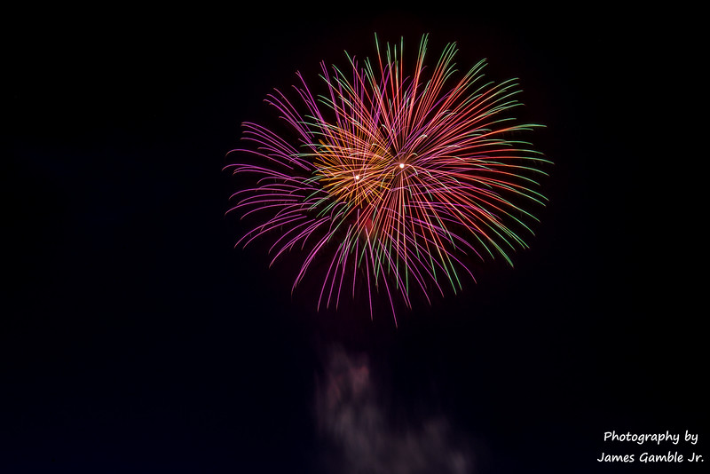 Fourth-of-July-Fireworks-2016-0360.jpg