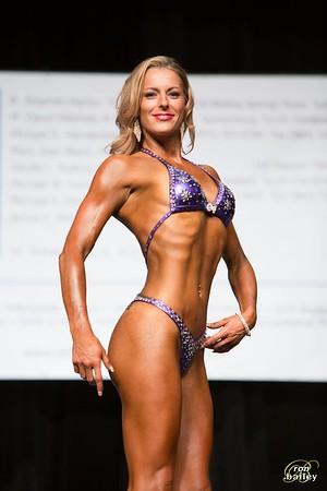 Finals Women's Figure Medium
