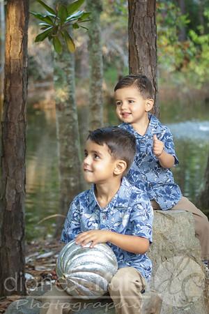 10-24-2-2- Noah and Finn