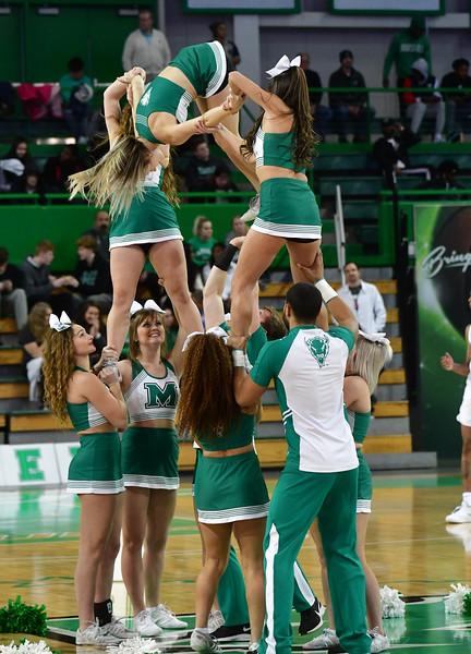 cheerleaders2840.jpg