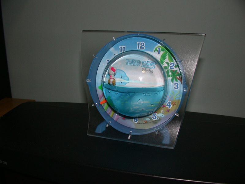 hello kitty water clock (she surfs)