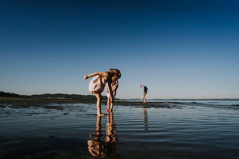 AlecMillsPhotography-SeattleFamilyPhotographer-WhitefieldFamily-26.jpg