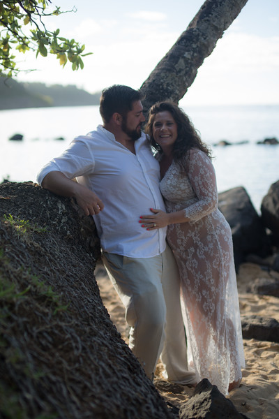 kauai-maternity-25.jpg