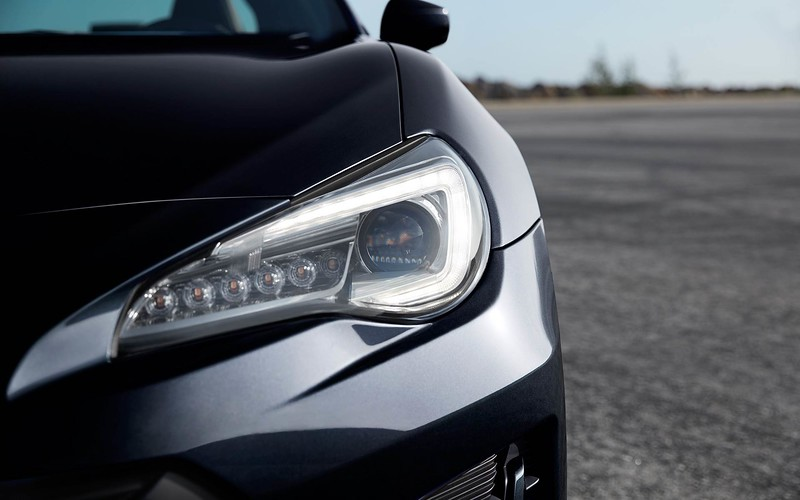 BRZ17 headlights.jpg