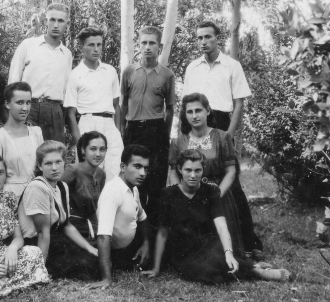 1947  .jpg