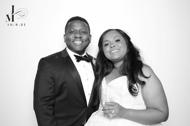 Marissa and Jonathan (BW SkinGlow Booth)