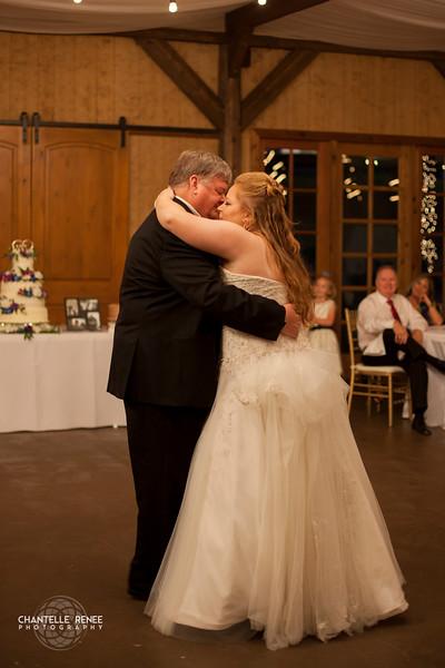 CRPhoto-White-Wedding-Social-513.jpg