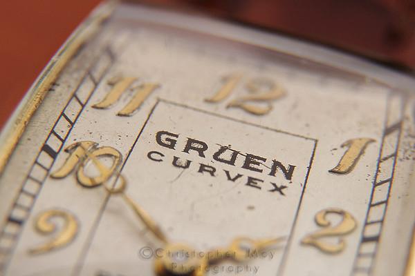 Gruen Curvex Peer cal. 330