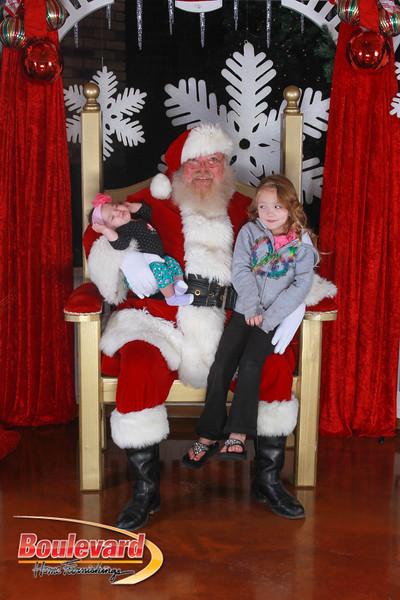 Santa 12-17-16-373.jpg