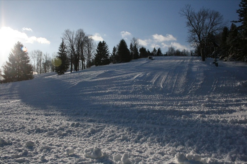 SnowTrailsOpeningDay12_11_09_009.jpg