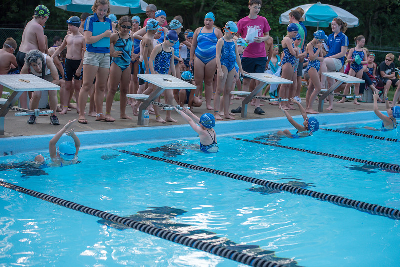 lcs_swimming_kevkramerphoto-304.jpg