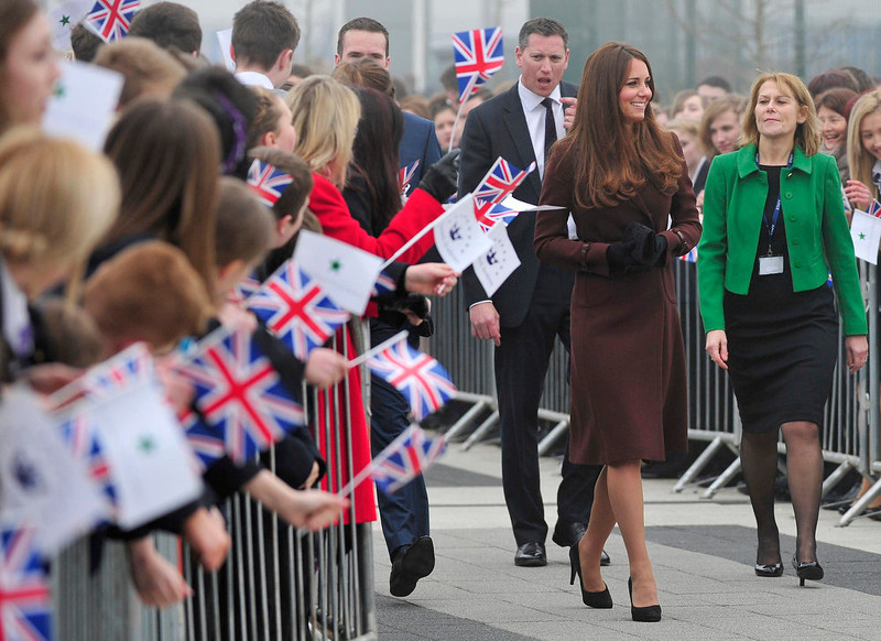 . Britain\'s Catherine, Duchess of Cambridge arrives at Havelock Academy in Grimsby, in northern England March 5, 2013.   REUTERS/Toby Melville