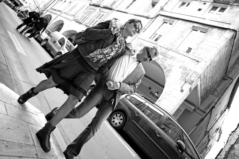 Cool Couple - La Rochelle - Shooting from the Hip