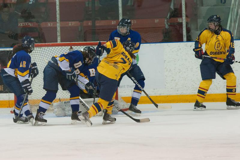 20130310 QWHockeyvsUBC 667.jpg