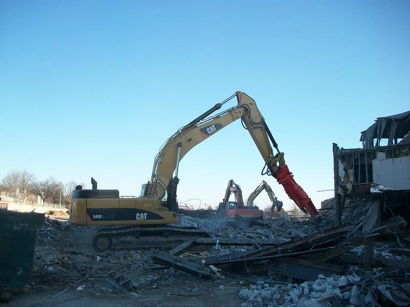 NPK M38K demolition shear on Cat excavator-commercial demolition (1).JPG