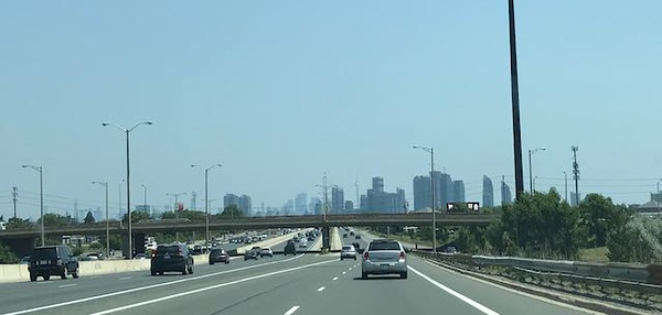 That's downtown Toronto straight ahead.