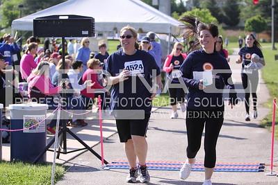 2014 10 Miler Near the Finish