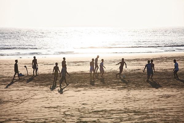 Sur la plage de Sittwe