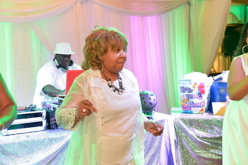 LORRAINE HARTFIELD 60TH BD PARTY by 106FOTO-071.jpg