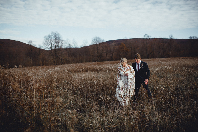Requiem Images - Luxury Boho Winter Mountain Intimate Wedding - Seven Springs - Laurel Highlands - Blake Holly -923.jpg