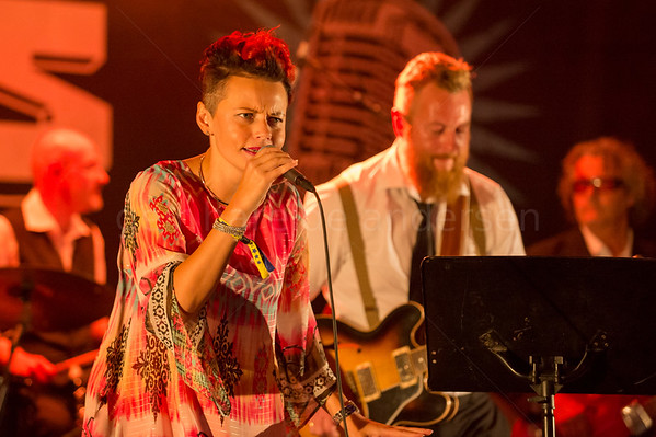 Eric 'Slim' Zahl & the South West Swingers featuring Stina Stenerud
