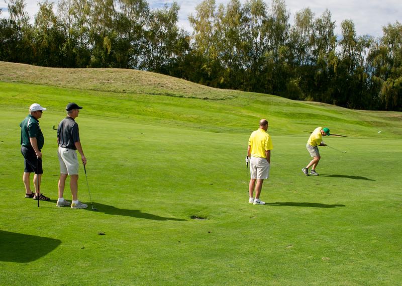 2015 Golf Classic-5579-300 DPI.JPG