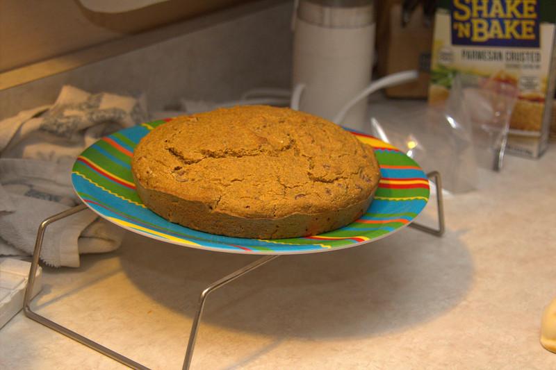 Julie made the cake.