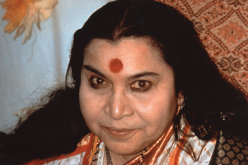 Navaratri Puja, Paris, 30 September 1984 (Allesandra Pallini photo)