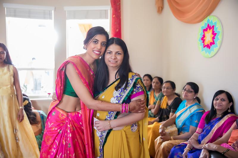 Hina_Pithi_Pooja-499.jpg