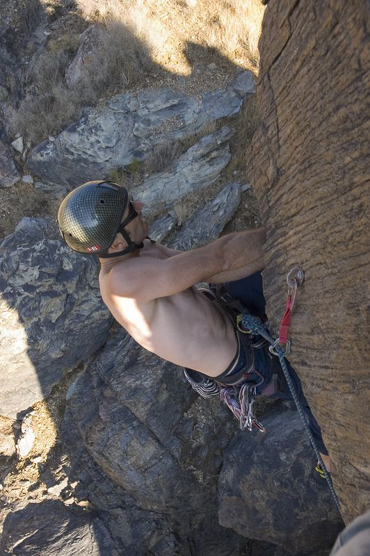 04_10_31 climbing New Jack City NIKON D70 0068.jpg
