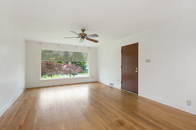 3242 38th Ave SW Seattle